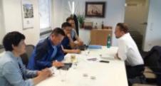 6月13日董事长在法兰克福拜访德国莱茵迪克集团创始人西蒙先生。